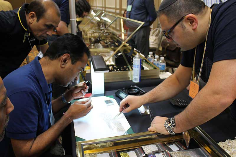 sell diamonds at wwt watch and jewelry show